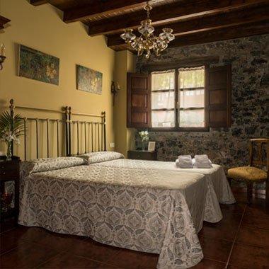 Facina, habitación con vistas al Sueve